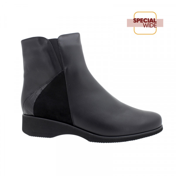 Piesanto 195977-01 Leather Ankle Boot Black